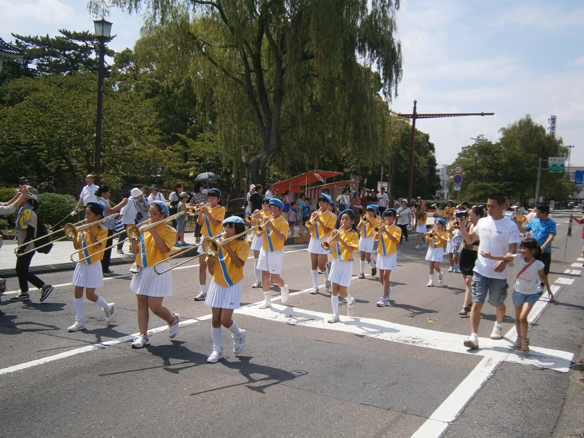 小学校 パレード